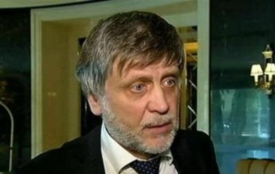 Керницкий: ДНР и ЛНР заявляют о готовности развивать футбол, а у нас его запрещают