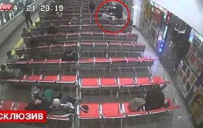 В Москве на вокзале пассажиру перерезали горло за замечание о шуме