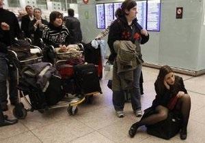 Правительство Испании: Воздушное пространство вновь открыто