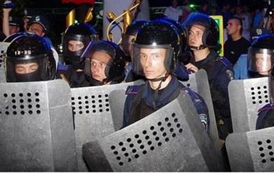 На акции против концерта Ани Лорак пострадали три милиционера
