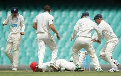 Австралийский крикетист умер от удара мячом по голове
