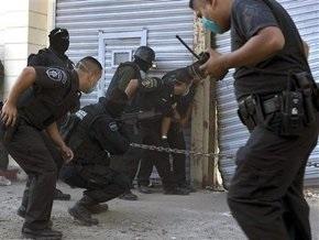 В Мексике арестовали 124 полицейских по подозрению в связях с наркомафией