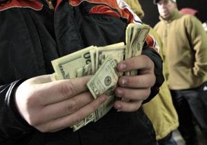Курсы наличной валюты: доллар перешагнул отметку в 8,18 грн