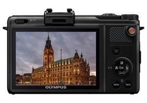 Впервые в украинской рознице – компактный цифровой фотоаппарат XZ-1