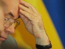 Азаров жестко раскритиковал проект бюджета Тимошенко