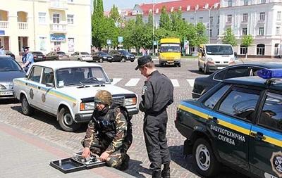 В Киеве две станции метро закрыли из-за угрозы взрыва