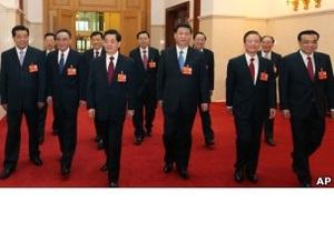 Би-би-си: Зачем китайские партийные лидеры красят волосы?