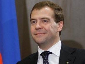 Медведев: Украина готова взять технологический газ по предоплате