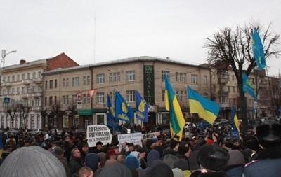 Беспорядки в Виннице. В Украине появился новый  народный губернатор