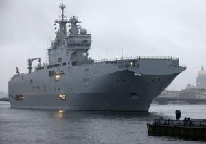 Эстония и Литва требуют от Франции объяснений в связи с решением продать России вертолетоносец