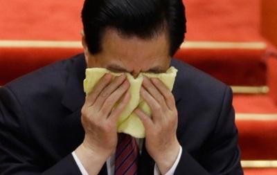 В Китае уволили несколько десятков чиновников-наркоманов