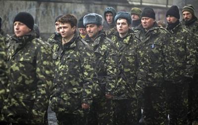 Военнообязанным повестки начали приходить на работу