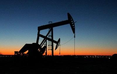 Нефть дальше дешевеет на фоне ухудшения прогноза на спрос
