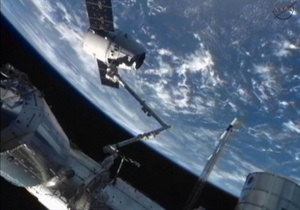 Новости науки - новости космоса - утечка аммиака на МКС: Американским астронавтам придется выйти в открытый космос из-за утечки аммиака на МКС