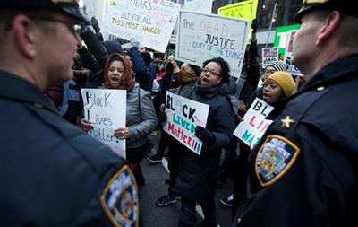 В Нью-Йорке завершилась акция протеста против полицейского произвола