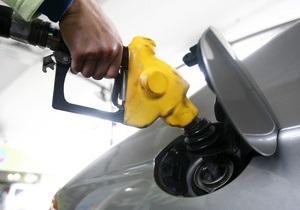Дефицит бензина марки А-92: украинская компания начала поставки топлива из Румынии