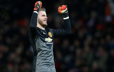 Манчестер Юнайтед забил три безответных мяча в ворота Ливерпуля