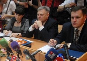 Прокуратура: Тимошенко делает в суде политические заявления, а не дает показания по делу
