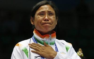 Индийская боксерша дисквалифицирована на год за отказ от медали
