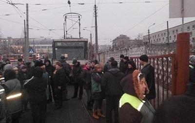 Городской транспорт Киева возобновит работу завтра