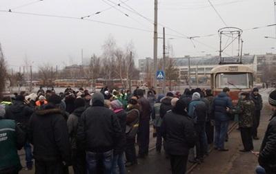 Водители киевских трамваев вышли на работу после забастовки