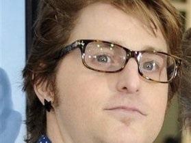 Сын Майкла Дугласа сознался в торговле наркотиками