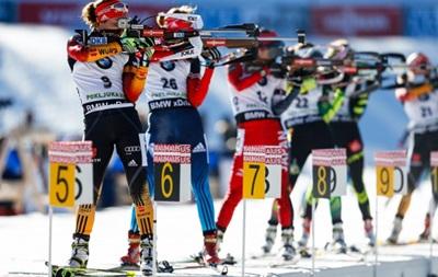 Быстрые и меткие: Как биатлонисты в гонке преследования сражались
