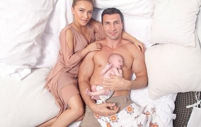 Love story: нежная фотосессия Владимира Кличко с невестой и дочерью