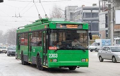 В России водитель троллейбуса приняла роды у пассажирки