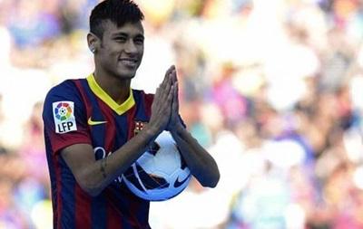 Барселона продлила контракт с Неймаром до 2020 года