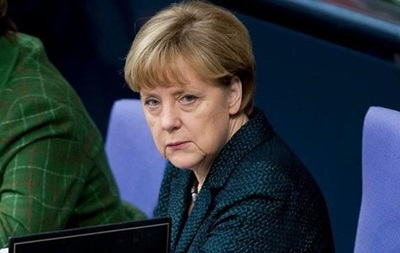 Меркель: Россия должна повлиять на сепаратистов