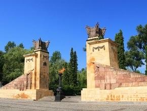 Коммунисты заявили об акте вандализма на Холме Славы во Львове