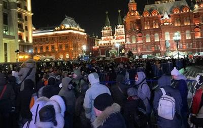 На Манежной площади произошла драка, задержаны более ста человек