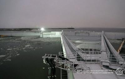 В Санкт-Петербурге из-за угрозы наводнения закрыли дамбу
