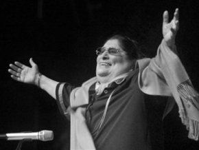 В Аргентине умерла фолк-певица Мерседес Соса -  голос Латинской Америки