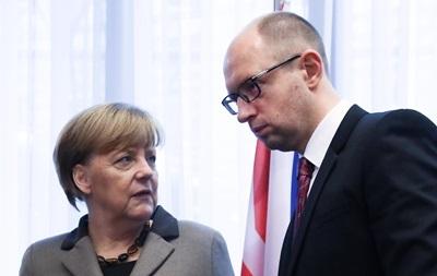 Яценюк встретится с Меркель 8 января