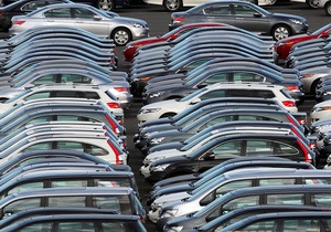 СМИ: Ликвидация автобирж сократила продажи старых машин в четыре раза