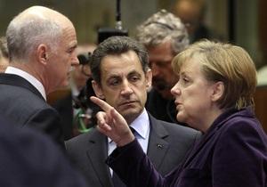 Еврокомиссия предупредила Грецию, что выход из зоны евро означает выход из ЕС