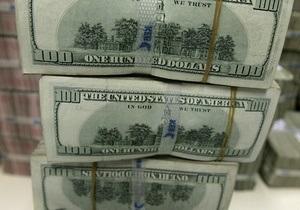 НБУ рапортует о двукратном росте сдачи населением валюты