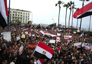 Глава МИД Египта отверг призыв США немедленно отменить режим ЧП, действующий уже 30 лет