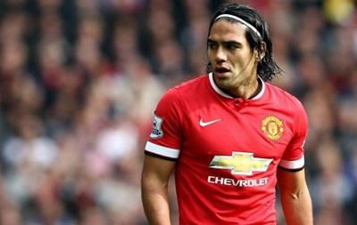 Фалькао со скандалом сбежал с матча Манчестер Юнайтед