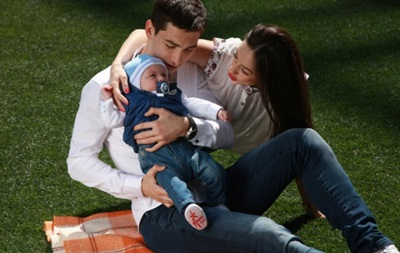 Игрок Шахтера во второй раз стал отцом
