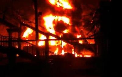 На Харьковщине горели цистерны с топливом