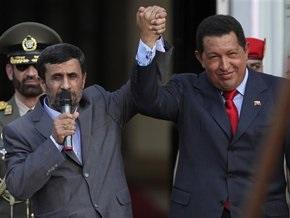 Президентские любезности: Чавес сравнил Ахмадинежада с гладиатором, а тот его – с горой