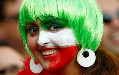 Игрокам сборной Ирана запретили фотографироваться с женщинами на Кубке Азии