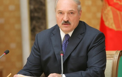 Президент Беларуси Александр Лукашенко назвал себя профессиональным футболистом
