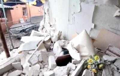 Появилось видео обстрелянного поселка Сартана под Мариуполем