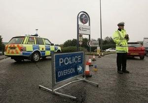 Власти Британии понизили уровень террористической угрозы
