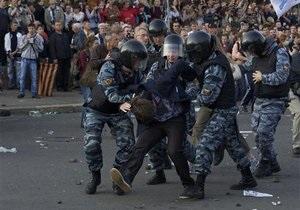 Сотни людей остаются в полиции в день инаугурации Путина