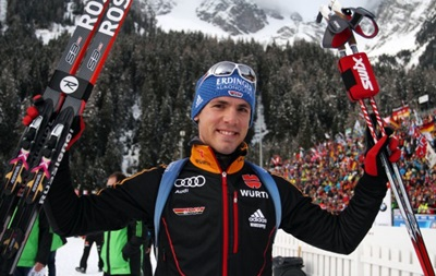 Биатлон: Немец Шемпп вырвал победу в захватывающей гонке преследования
